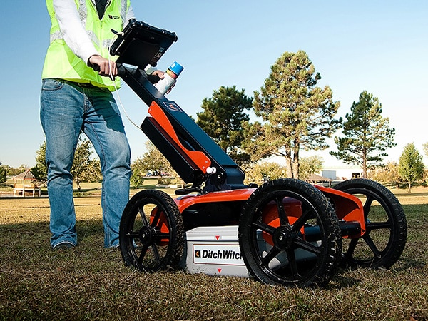 Ground penetrating radar being used for cable locating in Adelaide