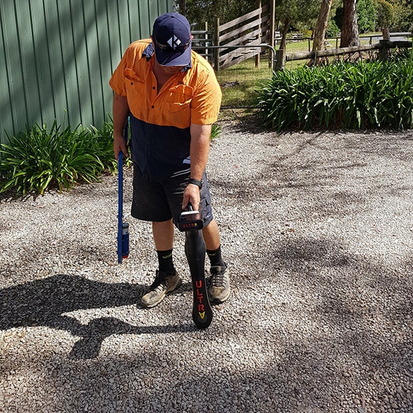 Mapping underground cables with EMF detector Woodside South Australia